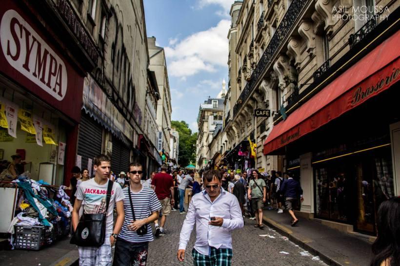 Street life. – Paris