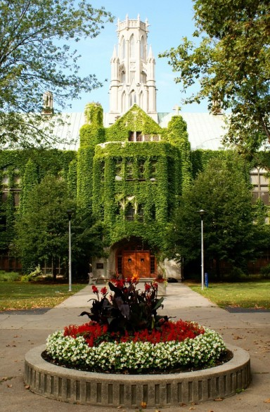 Uwindsor Campus (photo by Owen Wolter)